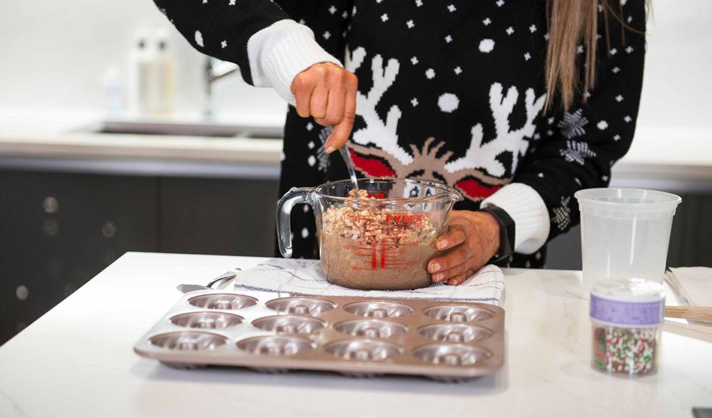 CRISPY CAKE WREATHS Recipe by Julie Neville_14