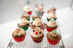 Gingerbread cupcakes with cinnamon buttercream Recipe by Julie Neville_28