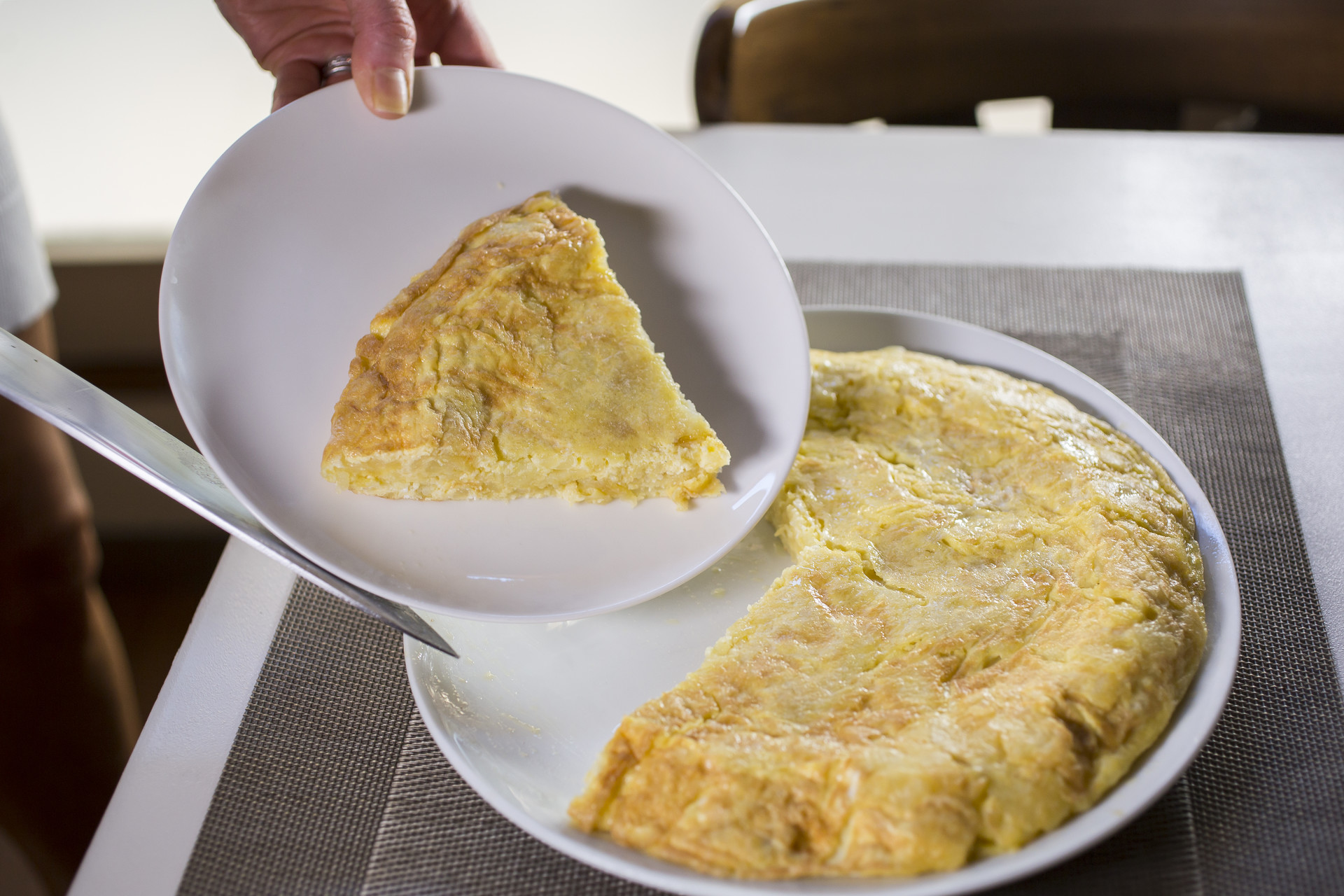 tradicional spanish tortilla recipe home cooking with julie neville0